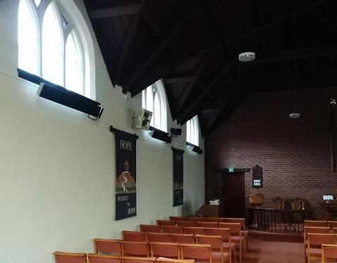 Calentadores Herschel Summit calentando iglesia